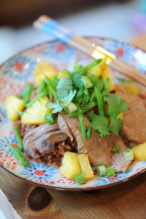 Magret de canard à l'ananas, riz rouge de Camargue - Roasted duck with pineapple and red rice - Vanessa Romano, photographe et styliste culinaire2