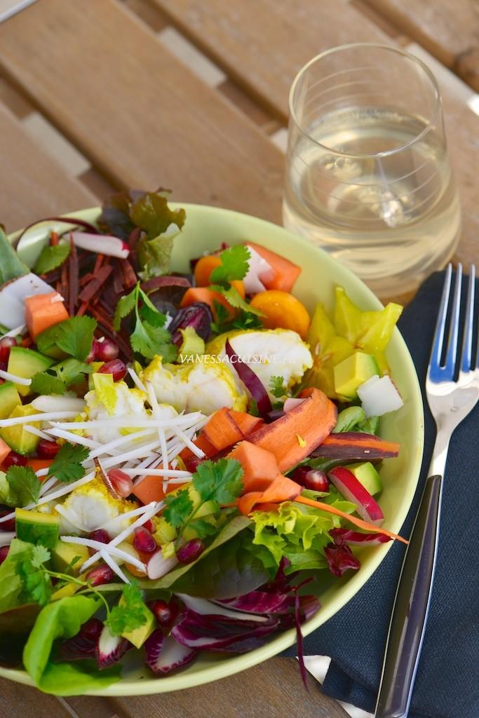Salade folle aux fruits exotiques et curry de lotte - Le Vitaliseur - Crazy salad with fresh fruits and curried monkfish - Vanessa Romano photographe et styliste culinaire 2