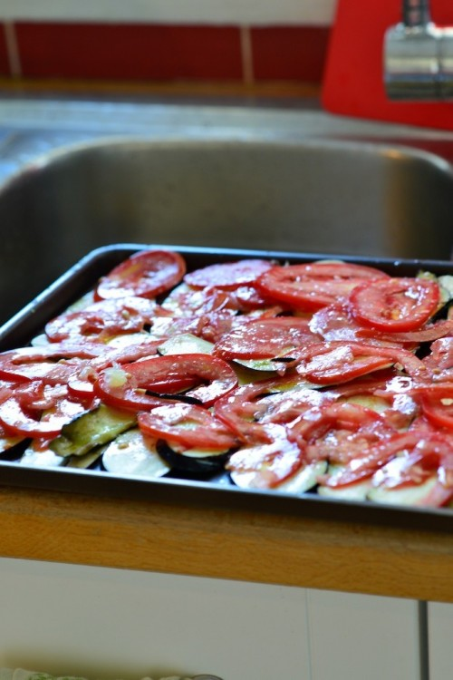 Aubergines rôties au four et tomates - Roasted Eggplant and tomatoes - Vanessa Romano photographe et styliste culinaire