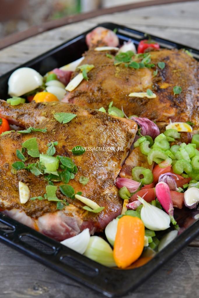Epaule d'agneau confite  - Roasted lamb shoulder with summer vegetables - Vanessa Romano photographe et styliste culinaire (1)